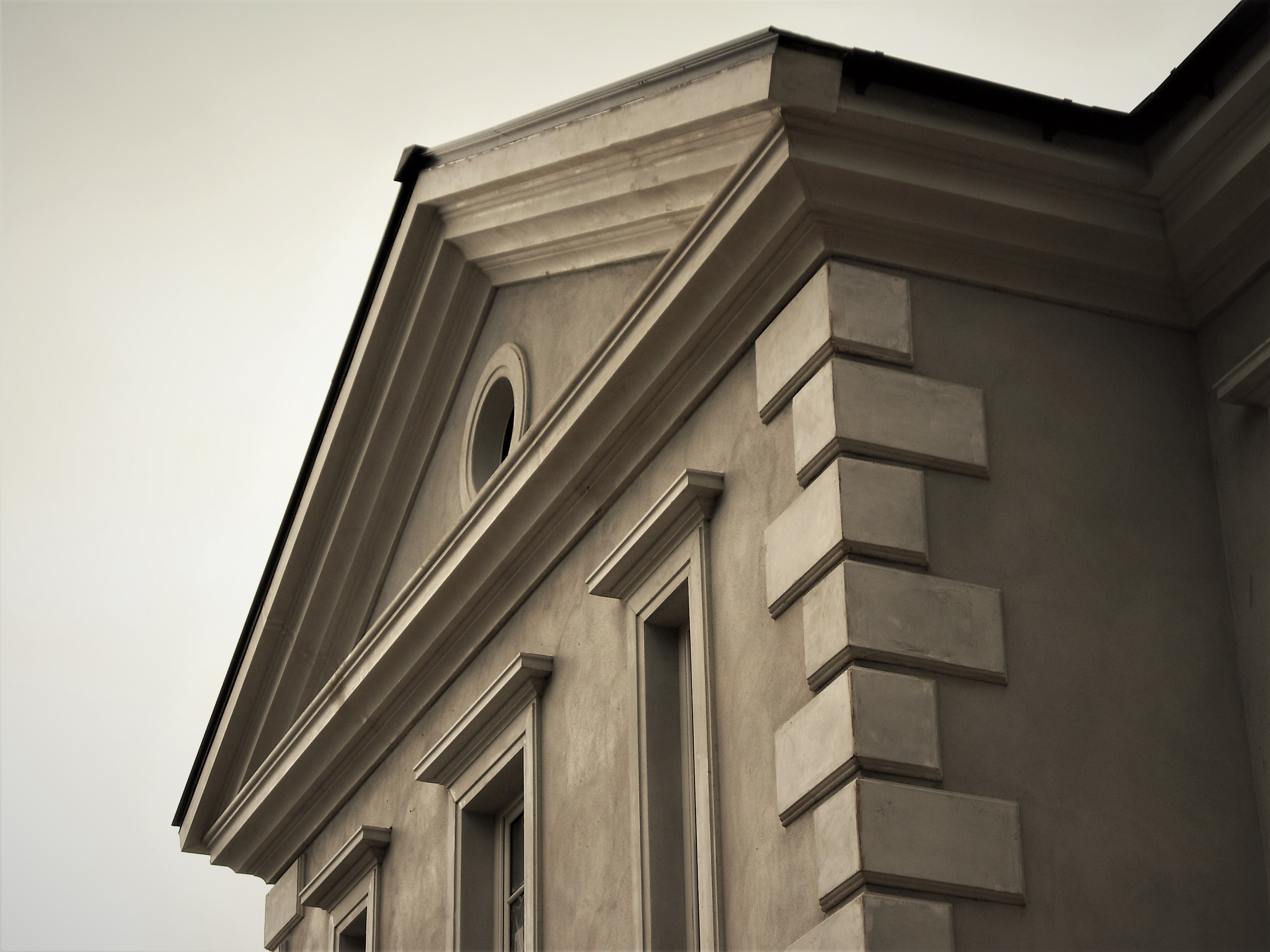 At capital plaster mouldings we have a number of solutions for creating high quality long lasting exterior architectural features we not only use plaster